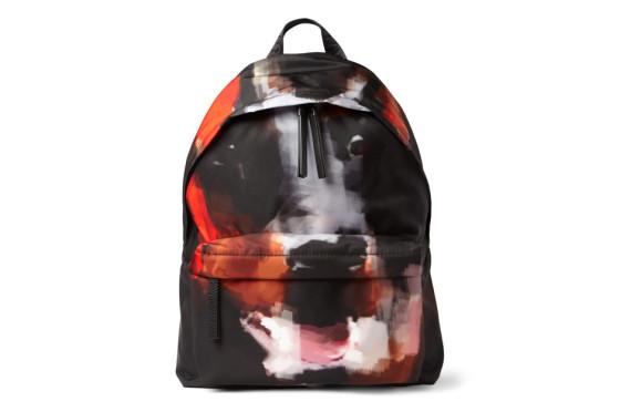 givenchy-doberman-print-backpack-001