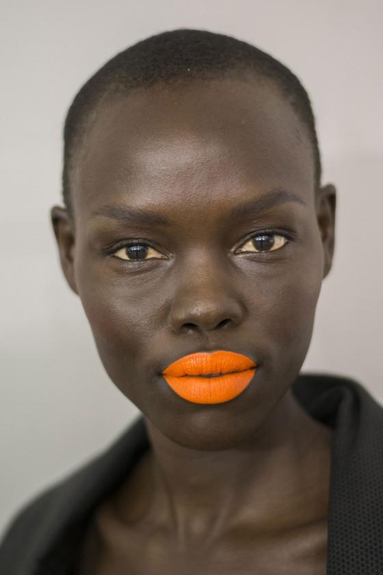 orange on da bu black