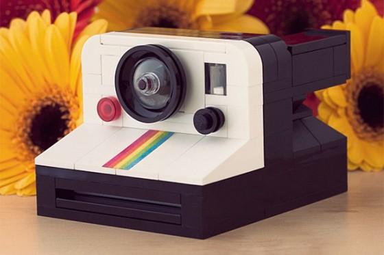 lego-polaroid-onestep-sx-70-camera-by-chris-mcveigh-1