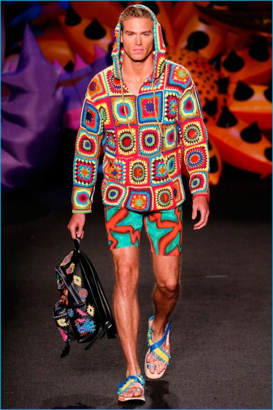 Moschino-2017-Spring-Summer-Mens-Collection-Runway-Pictures-019-1